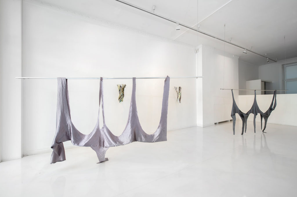 Bilde av Cato Løland utstilling Albogerom på SOFT galleri i 2020